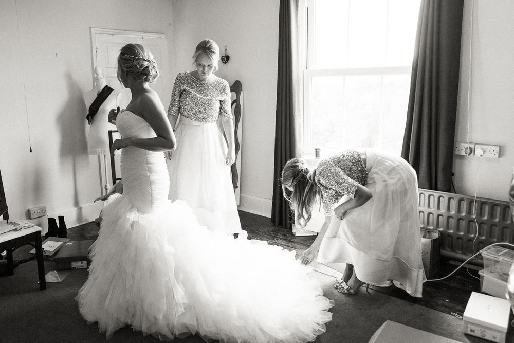 Sophie Evans Photography, Gus & Emma Farm Wedding, Warwick School Wedding. Warwickshire Wedding Photographer-159.jpg