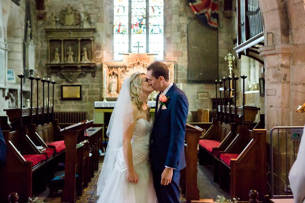 049_Sophie Evans Photography, Rebecca & Simon wedding, The Folly at The Farmhouse, Mackworth Wedding. Warwickshire wedding photographer.jpg