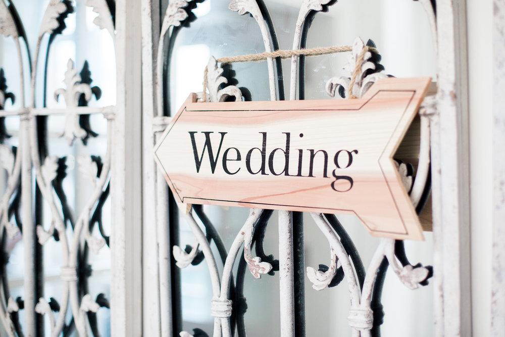 106_Sophie Evans Photography, Rebecca & Simon wedding, The Folly at The Farmhouse, Mackworth Wedding. Warwickshire wedding photographer.jpg