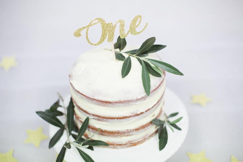 Sophie Evans photography, modern cake smash, warwickshire cake smash-3.jpg
