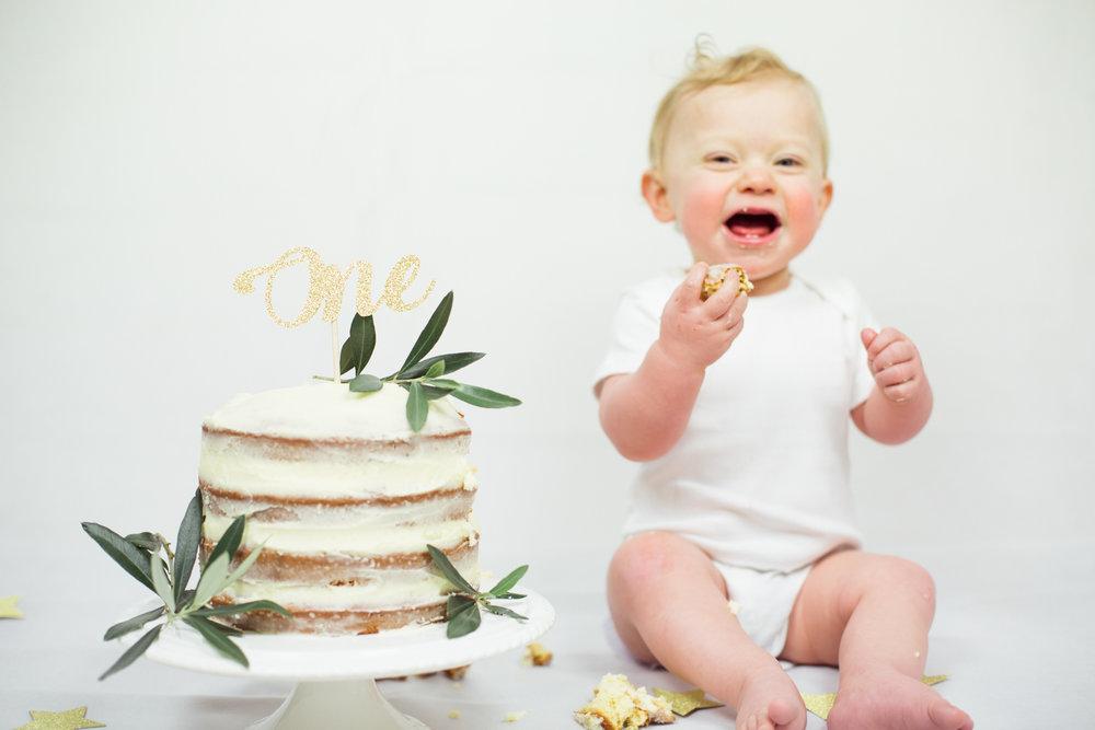 Sophie Evans photography, modern cake smash, warwickshire cake smash-11.jpg