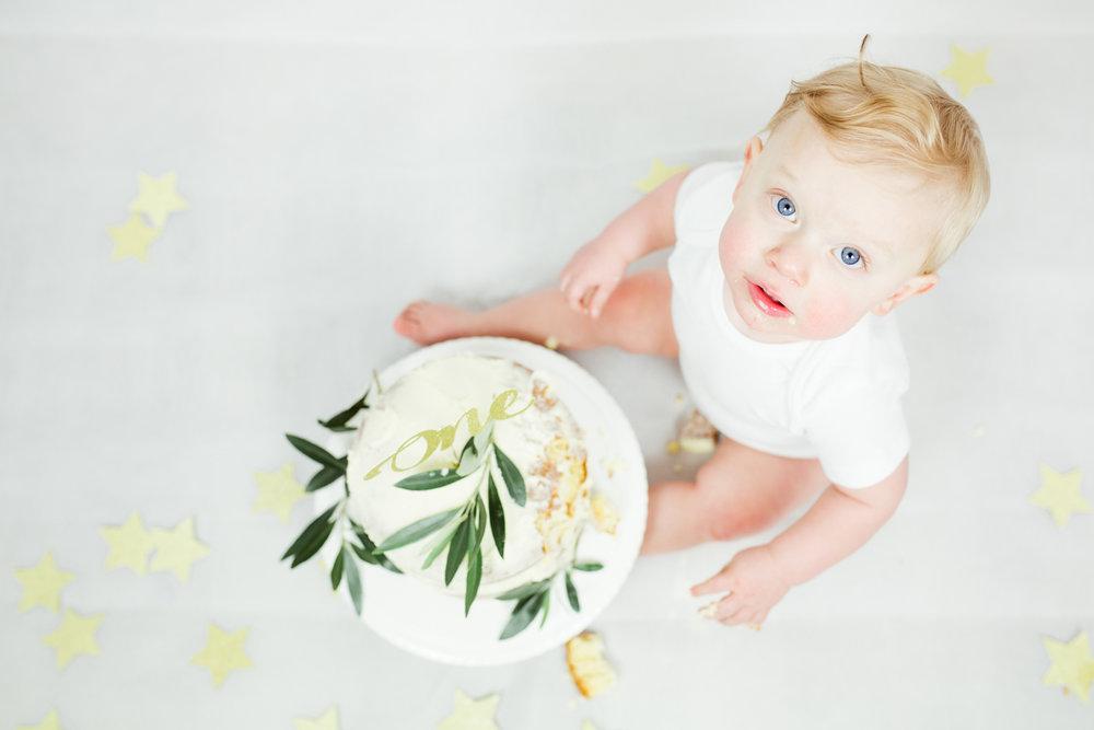 Sophie Evans photography, modern cake smash, warwickshire cake smash-12.jpg