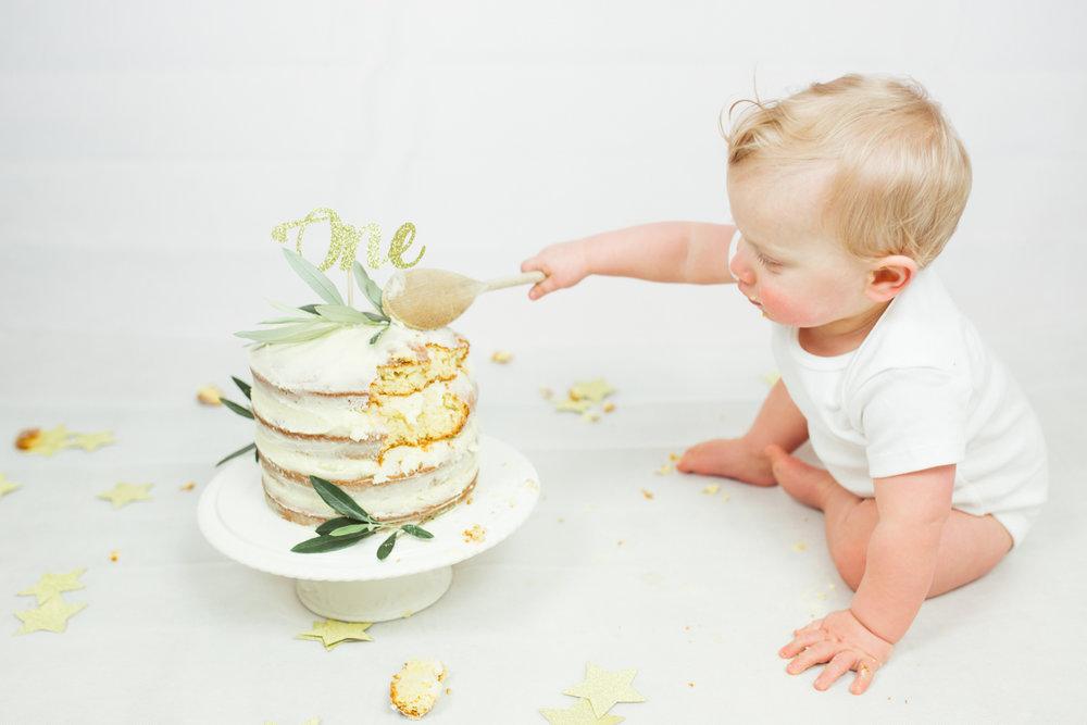Sophie Evans photography, modern cake smash, warwickshire cake smash-19.jpg