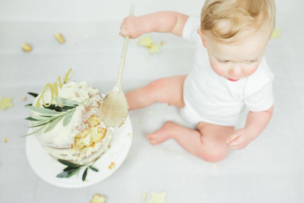Sophie Evans photography, modern cake smash, warwickshire cake smash-22.jpg
