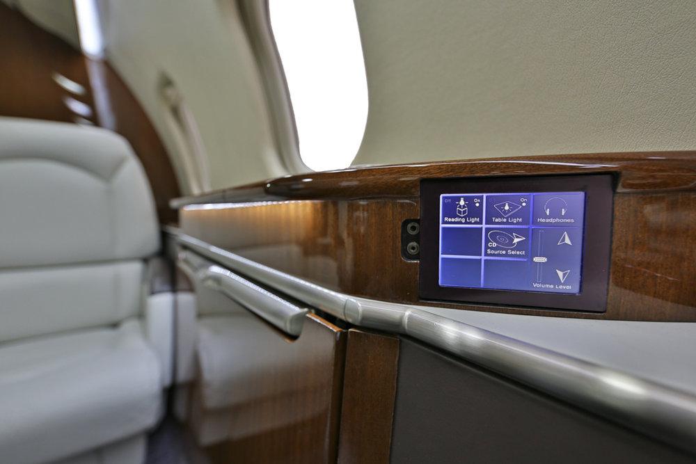 Learjet60XR_sn60-319__ss_--14.jpg