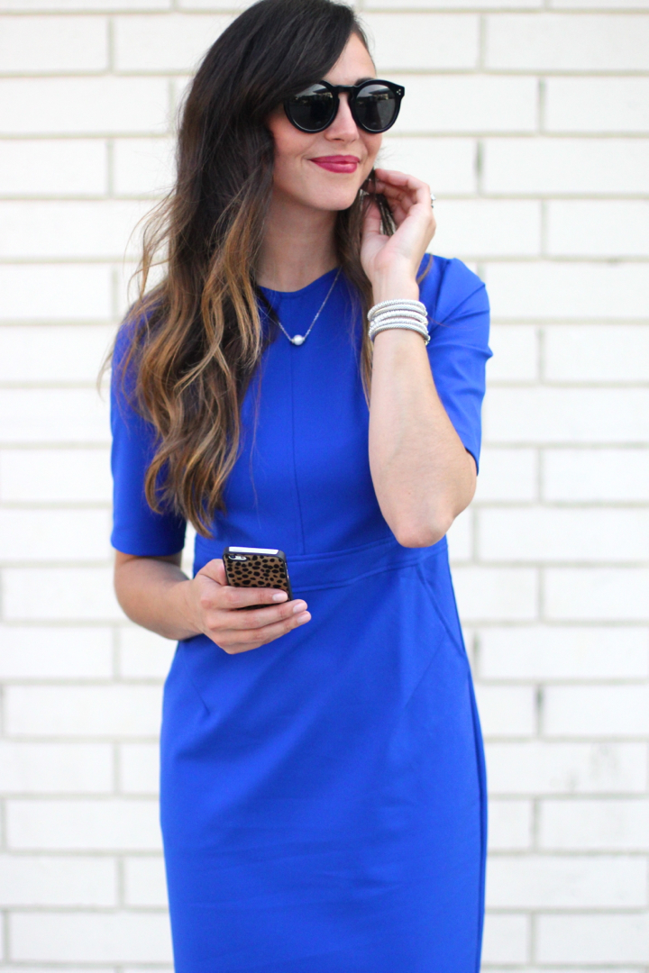fashion-blogger-blue-sheath.jpg