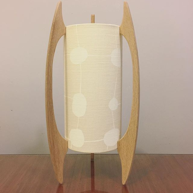 G&GD 'Rocket' lamp shown with American Oak timber blades and @clothfabric custom shade. This is our smaller table lamp version ⚪️◻️⚪️◻️ . . #lampshades #lampshade #customlampshades #lighting #decor #homedecor #design #interiordesign #textiles #handmade #australianmade #custom #linen #americanoak #rocketlamp #midcenturymodern #clothfabric #whiteonewhitefabric #whiteinterior #redfern #grahamandgraham