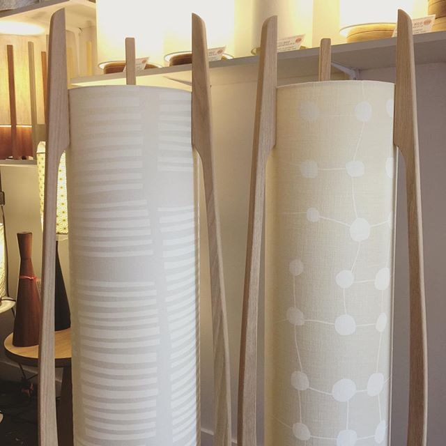 G&GD 'Rocket Floor' lamp's shown with American Oak timber blades and @clothfabric custom shades. ⚪️◻️⚪️◻️ . . #lampshades #lampshade #customlampshades #lighting #decor #homedecor #design #interiordesign #textiles #handmade #australianmade #custom #linen #americanoak #rocketlamp #midcenturymodern #clothfabric #whiteonewhitefabric #whiteinterior #redfern #grahamandgraham