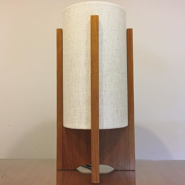 "Introducing our G&GD 'Deco Mini' table lamp. 8""D x 14""H shade slots in between 4 timber crossed uprights. Shown here in Polished Tasmanian Blackwood in @warwickfabrics 'Husk - Linen' shade. Choose between Tasmanian Blackwood or American Oak with custom shade of your choice . . #lampshades #lampshade #customlampshades #lighting #decor #homedecor #design #interiordesign #textiles #handmade #australianmade #custom #linen #decomini #decolamp #woodworking #tasmanianblackwood #bedsidelamp #warwickfabrics #redfern #grahamandgraham"