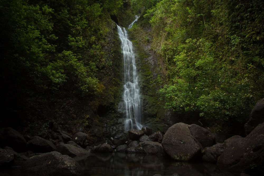 Lulumahu Falls, Oahu, Hawaii - Canon 5D MK II, 17-40L and 6 Stop ND