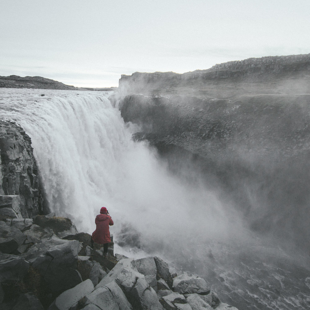 11.10.2016 // standing on the edge of the most powerful waterfall in europe, dettifoss.