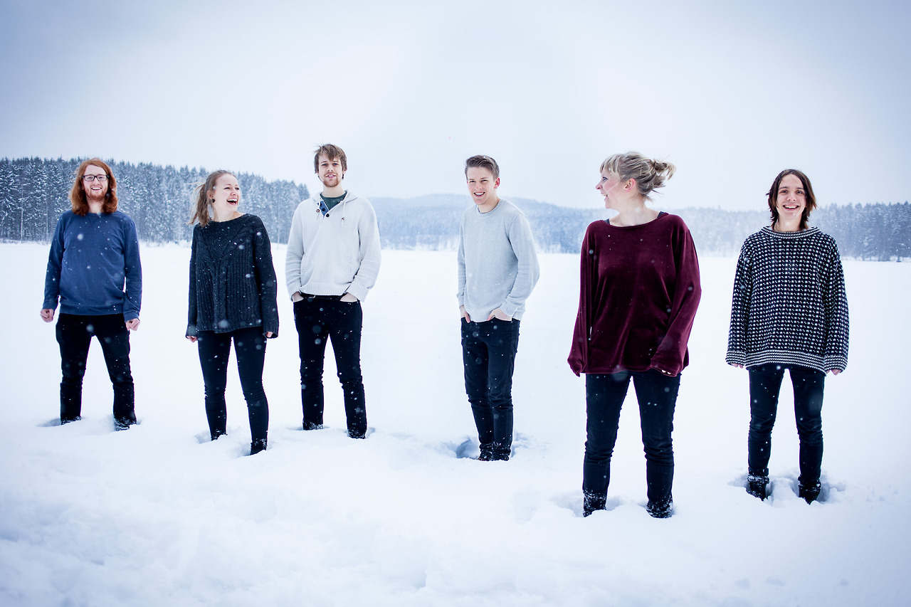 Mørkeblå  is a jazz-pop band based in Oslo. This photo was shot prior to their first release music release.