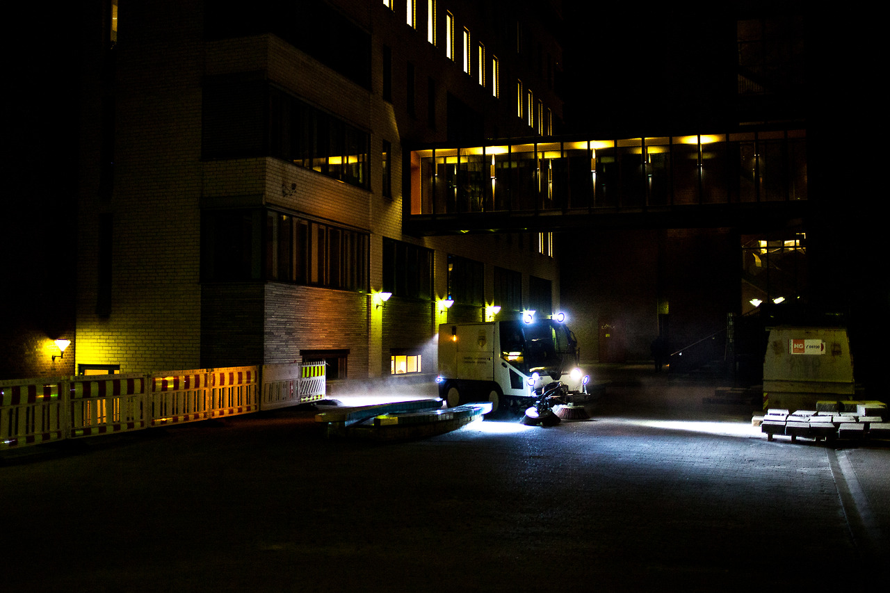 Cleaning of the campus at the Norwegian University College in Oslo by night.