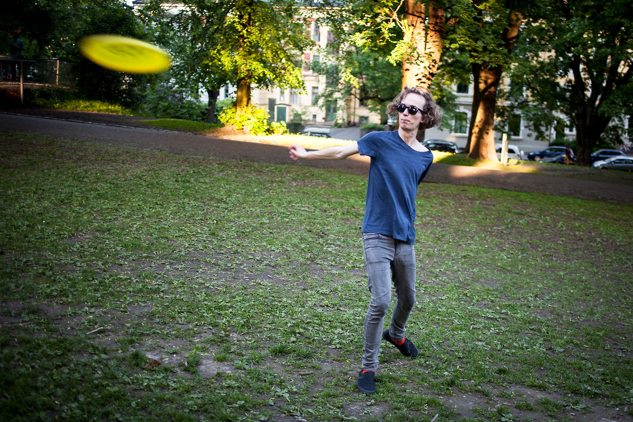 Frisbee at the St. Hanshaugen park in Oslo.