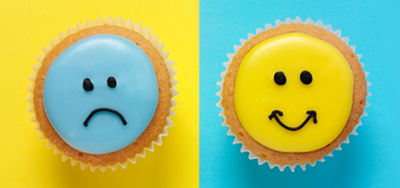 smile-frown-cupcakes_pan_20791.jpg