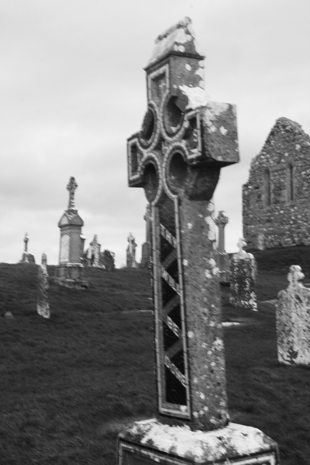Traditional Celtic cross at Clonmacnoise