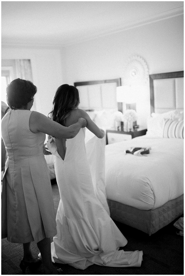 Ritz_Naples_bestweddingphotographer019.JPG