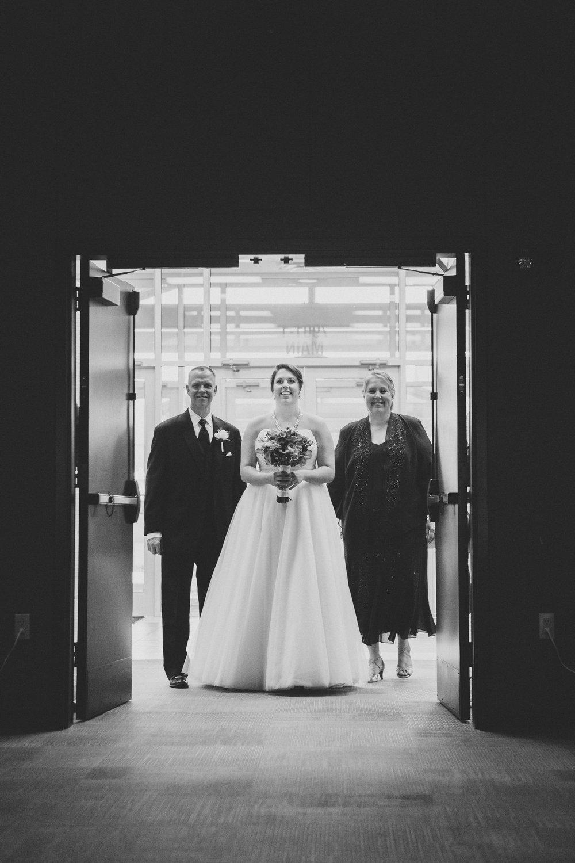 M C Wedding-4 Ceremony-0014.jpg