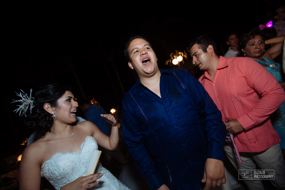 Pay and Ferran_Acapulco_Destination Wedding_Elizalde Photography-124.jpg
