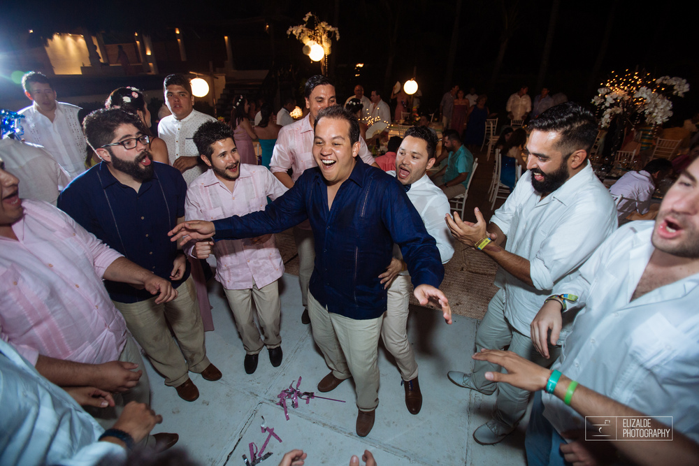 Pay and Ferran_Acapulco_Destination Wedding_Elizalde Photography-128.jpg