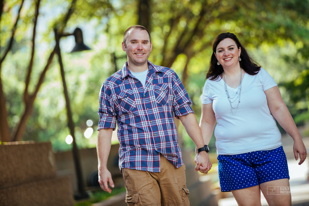 Engagement session_Theresa and Darren_DFW photographer_Elizalde Photographer_Water Garden Fort Worth15.jpg