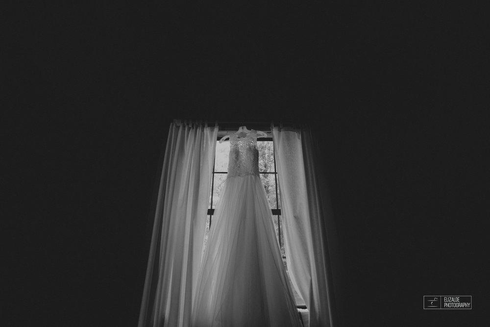 Wedding photographer Dallas_Elizalde Photography_DFW Wedding photographer_ Hickoty Hills_Wedding Photography (5 of 90).jpg