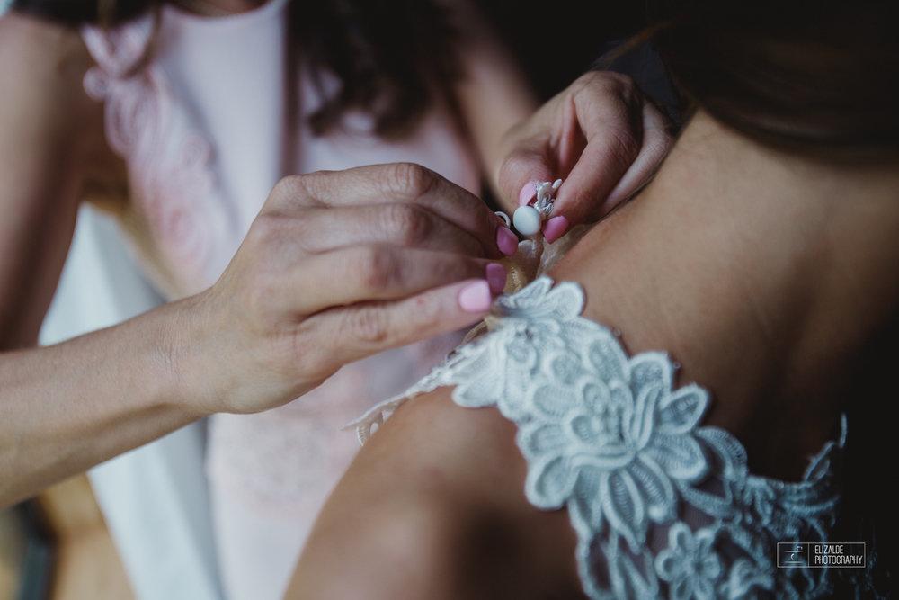 Wedding photographer Dallas_Elizalde Photography_DFW Wedding photographer_ Hickoty Hills_Wedding Photography (20 of 90).jpg