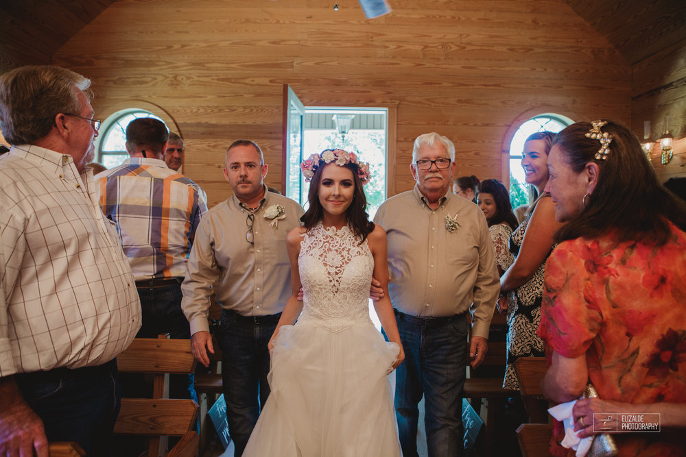 Wedding photographer Dallas_Elizalde Photography_DFW Wedding photographer_ Hickoty Hills_Wedding Photography (35 of 90).jpg