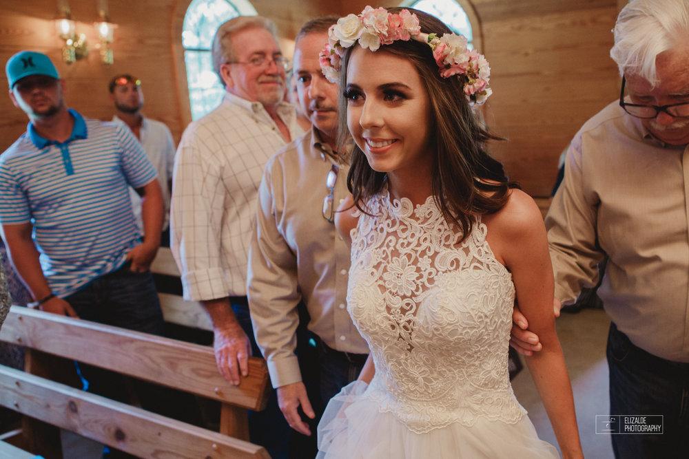 Wedding photographer Dallas_Elizalde Photography_DFW Wedding photographer_ Hickoty Hills_Wedding Photography (37 of 90).jpg
