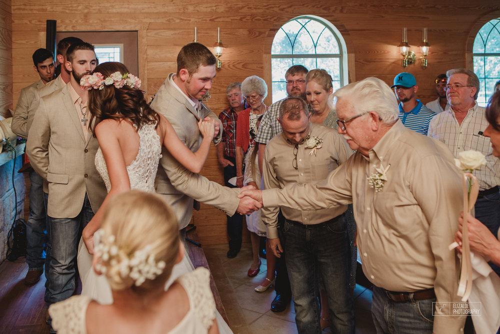Wedding photographer Dallas_Elizalde Photography_DFW Wedding photographer_ Hickoty Hills_Wedding Photography (40 of 90).jpg