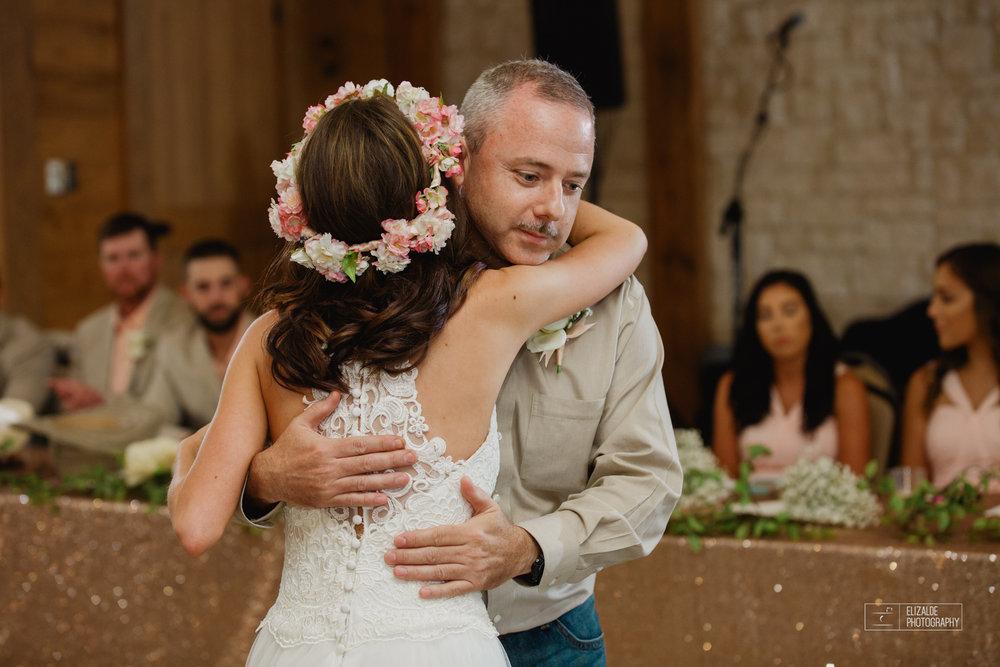 Wedding photographer Dallas_Elizalde Photography_DFW Wedding photographer_ Hickoty Hills_Wedding Photography (65 of 90).jpg