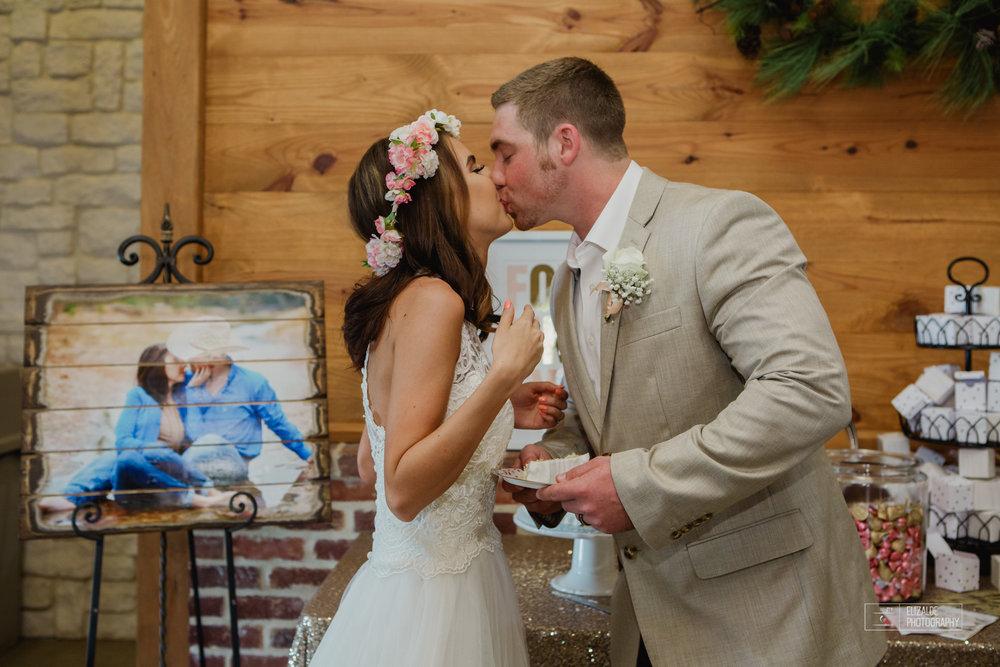 Wedding photographer Dallas_Elizalde Photography_DFW Wedding photographer_ Hickoty Hills_Wedding Photography (72 of 90).jpg