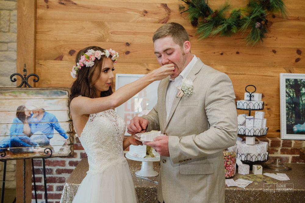 Wedding photographer Dallas_Elizalde Photography_DFW Wedding photographer_ Hickoty Hills_Wedding Photography (71 of 90).jpg