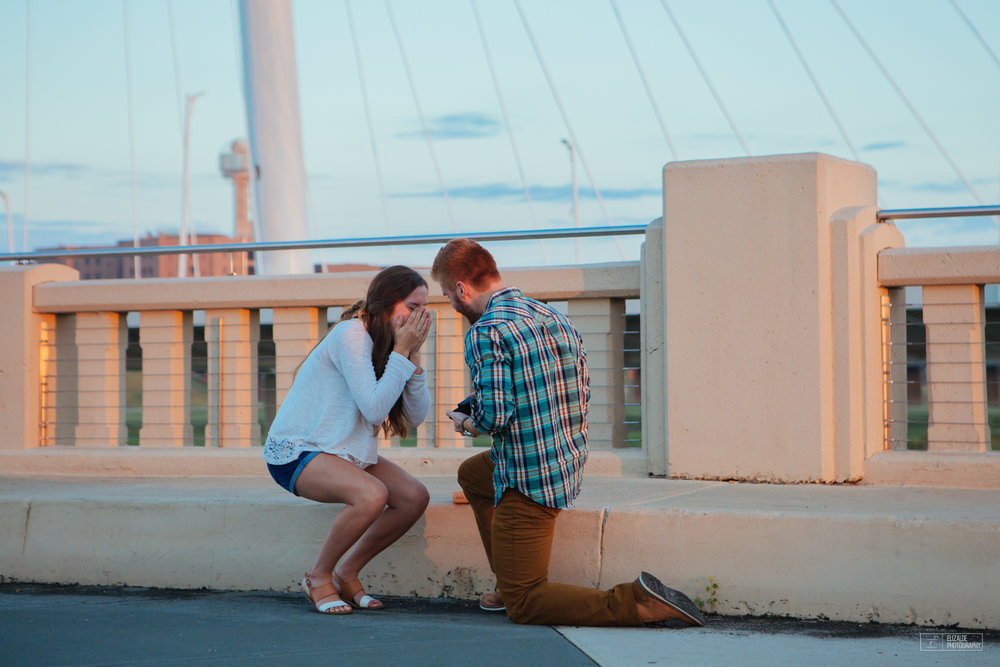 Proposal_DFW Wedding Photographer_Dallas Photographer_Elizalde Photography_margaret hunt hill bridge (5 of 21).jpg