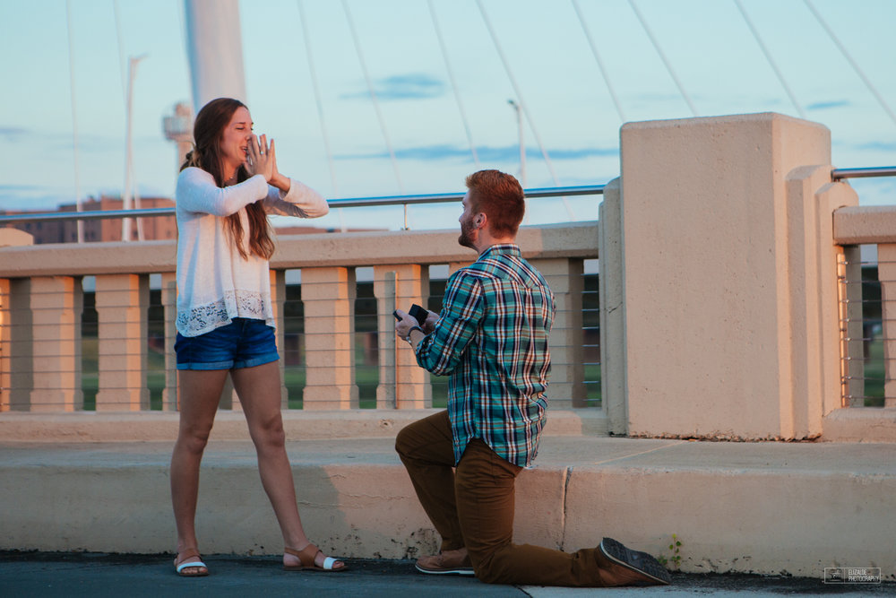 Proposal_DFW Wedding Photographer_Dallas Photographer_Elizalde Photography_margaret hunt hill bridge (7 of 21).jpg