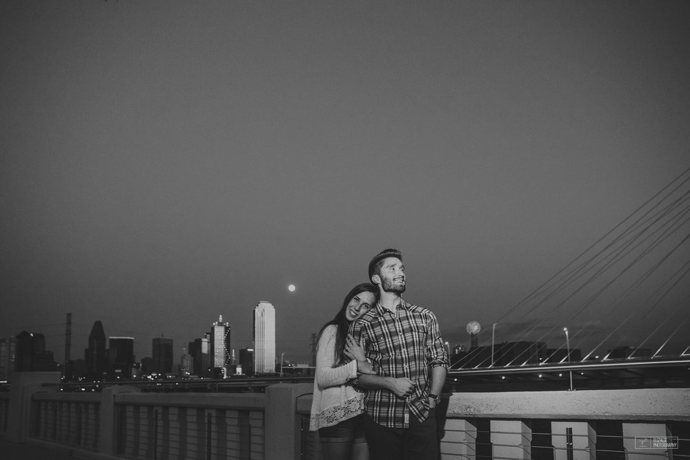 Proposal_DFW Wedding Photographer_Dallas Photographer_Elizalde Photography_margaret hunt hill bridge (19 of 21).jpg