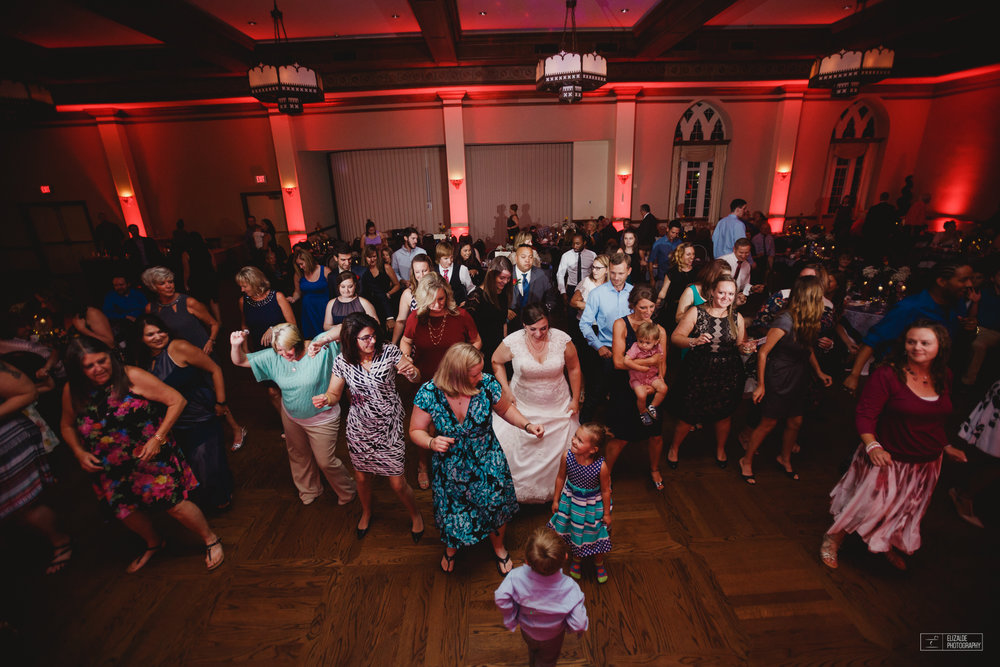 University of Oklahoma_UO_Wedding Photographer_Wedding photography_DFW Wedding Photographer_Elizalde photography_Denton Wedding Photograper  (94 of 100).jpg