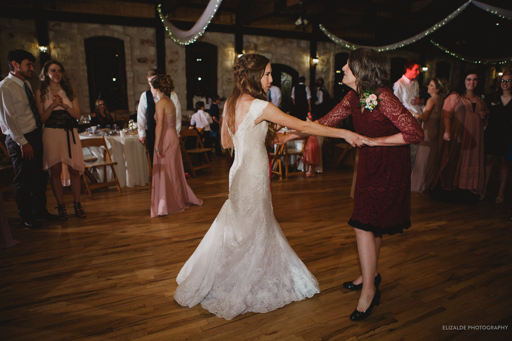 Wedding Photographer Dallas_ DFW Wedding Photographer_elizalde photography_wedding photography (213 of 220).jpg