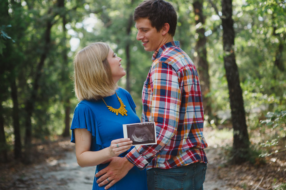 Blog - Maternity - Denton Photographer -  Elizalde Photoghaphy-19.jpg