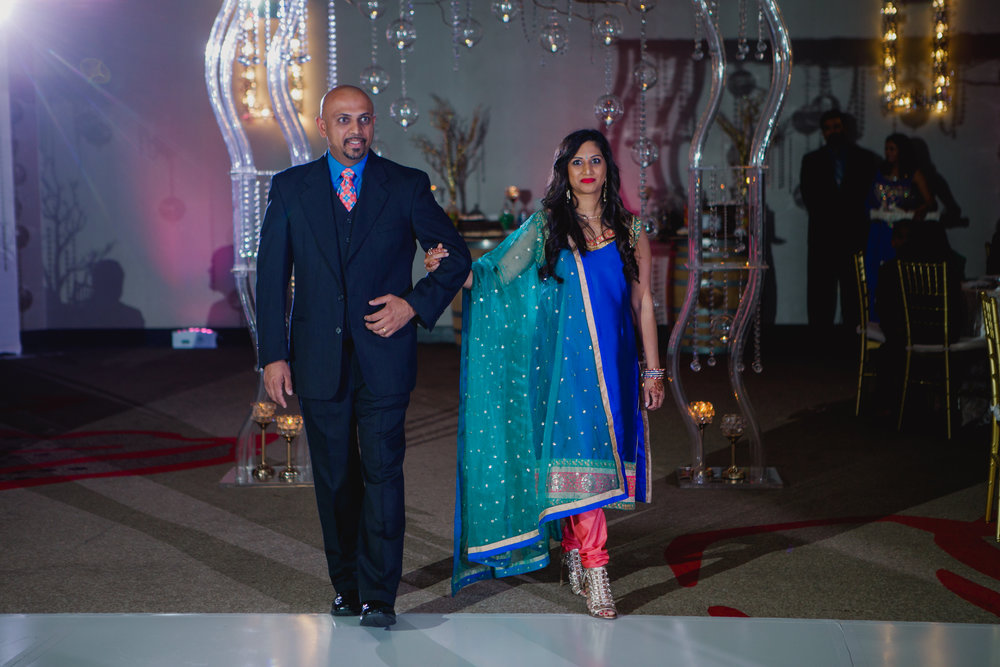 Indian wedding - Wedding photographer - Dallas Photographer - South Asian Wedding -  elizalde photography-24.jpg