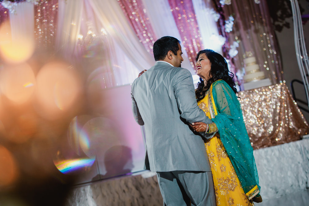 Indian wedding - Wedding photographer - Dallas Photographer - South Asian Wedding -  elizalde photography-72.jpg