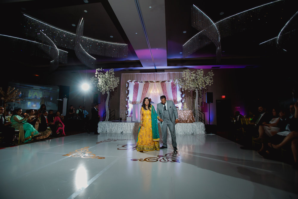 Indian wedding - Wedding photographer - Dallas Photographer - South Asian Wedding -  elizalde photography-74.jpg
