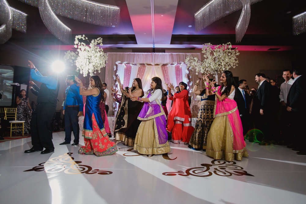 Indian wedding - Wedding photographer - Dallas Photographer - South Asian Wedding -  elizalde photography-91.jpg