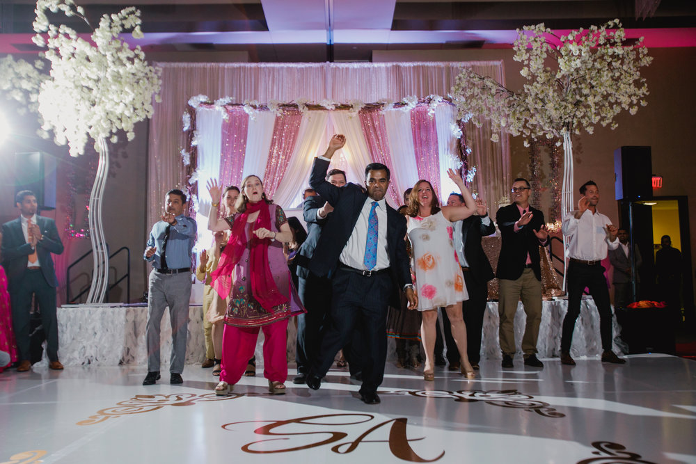 Indian wedding - Wedding photographer - Dallas Photographer - South Asian Wedding -  elizalde photography-93.jpg