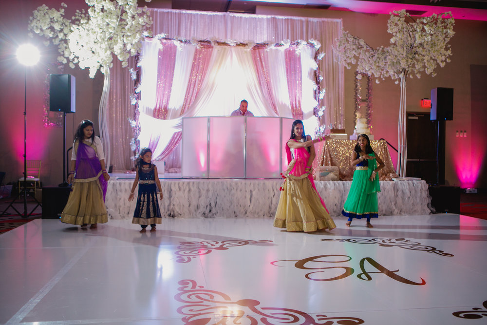 Indian wedding - Wedding photographer - Dallas Photographer - South Asian Wedding -  elizalde photography-101.jpg