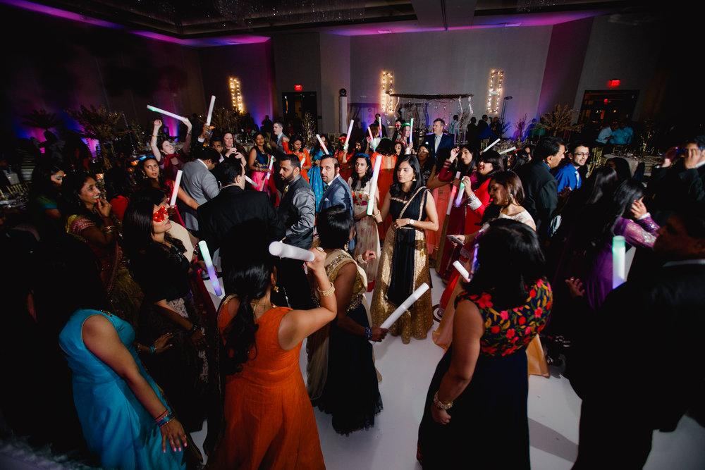 Indian wedding - Wedding photographer - Dallas Photographer - South Asian Wedding -  elizalde photography-115.jpg