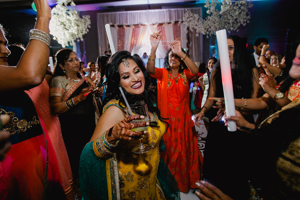 Indian wedding - Wedding photographer - Dallas Photographer - South Asian Wedding -  elizalde photography-124.jpg