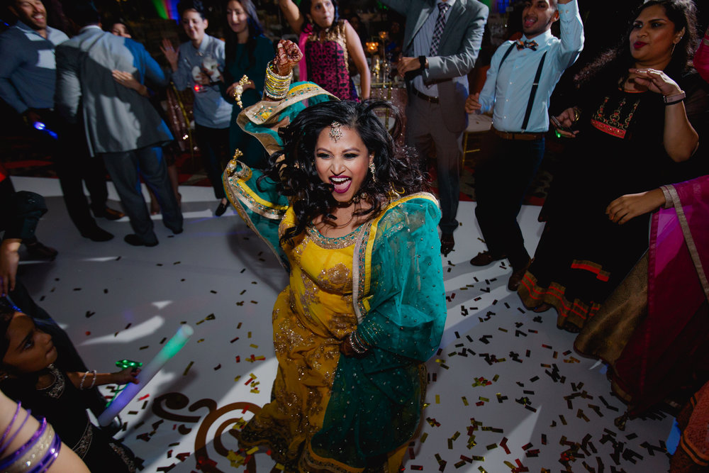 Indian wedding - Wedding photographer - Dallas Photographer - South Asian Wedding -  elizalde photography-126.jpg