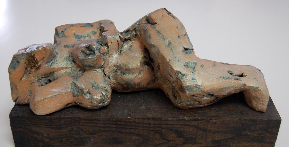ES-022, Eva Stubbs, Reclineing Nude, Ceramic, 11x6x4.JPG
