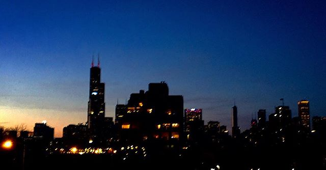 Going Dark #Chicago #sunset